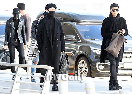 [MD포토] 방탄소년단 ′공항을 접수한 카리스마′