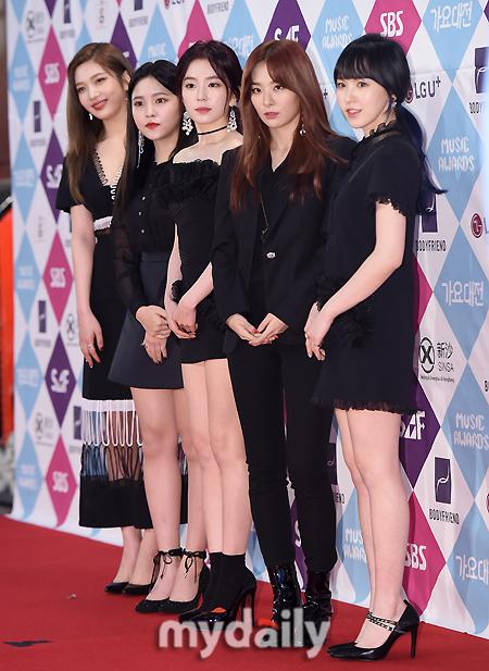 [MD포토] 레드벨벳 ′드레스 코드는 블랙′