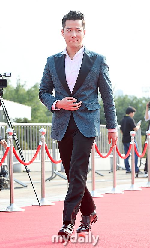 [MD포토] 조태관 ′깔끔하게 턱시도 입고′