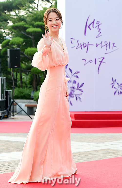 [MD Photo] Park Bo Young participated in 'Seoul Drama Awards'